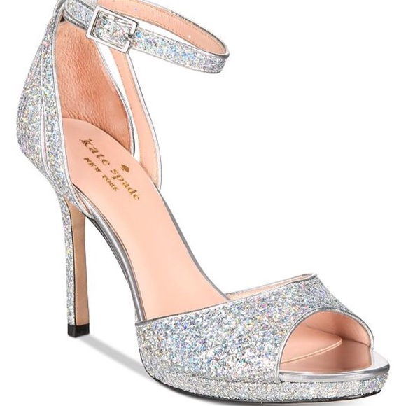 b3b475c46a8e NWT Kate Spade ♤️Franklin Sandals Size 8